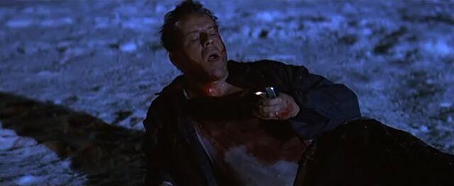 File:Die Hard 2 - Zippo.jpg