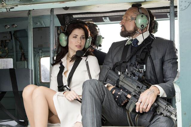 File:DH5- Martin Hindy on-set with Yuliya Snigir.jpg