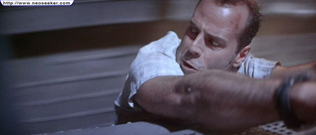 File:Die hard with a vengeance image24.jpg