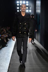 FW13-Milan-Mens-Black-Gold-catwalk-23