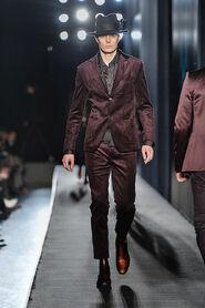 FW13-Milan-Mens-Black-Gold-catwalk-13