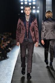 FW13-Milan-Mens-Black-Gold-catwalk-12