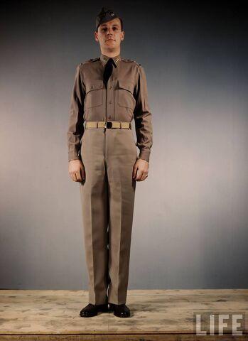 File:US-Army-officer-1st-Lieutenant-in-informal-post-uniform.jpg