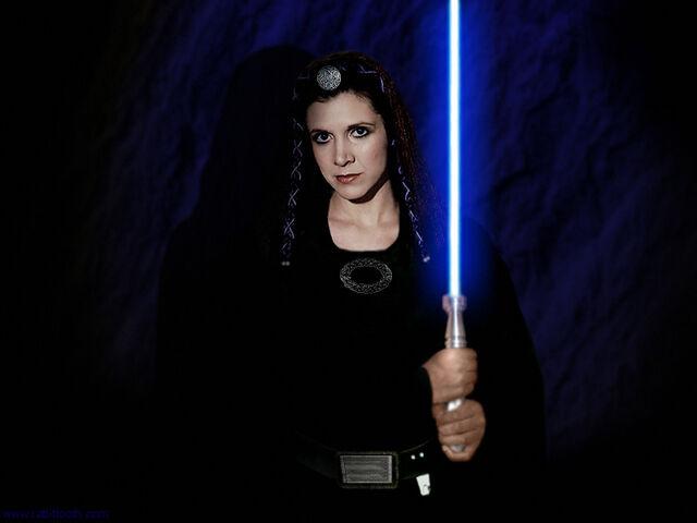 File:Leia-princess-leia-organa-solo-skywalker-33689737-800-600.jpg