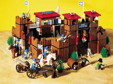 File:Fort Legoredo.jpg
