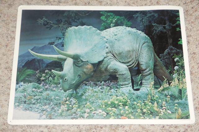 File:Primeval World Triceratops card front.jpg
