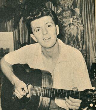 File:Dion guitar Image.jpg