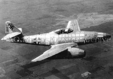 File:Messerschmitt Me 262.jpg