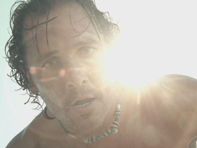 File:Matthew-McConaughey-in-Sahara-matthew-mcconaughey-13861333-1067-800.jpg