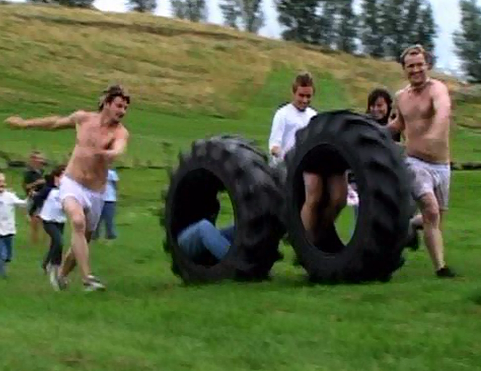 File:Tirerace4.png