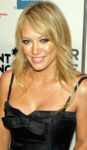 File:Hilary Duff 2 by David Shankbone.jpg