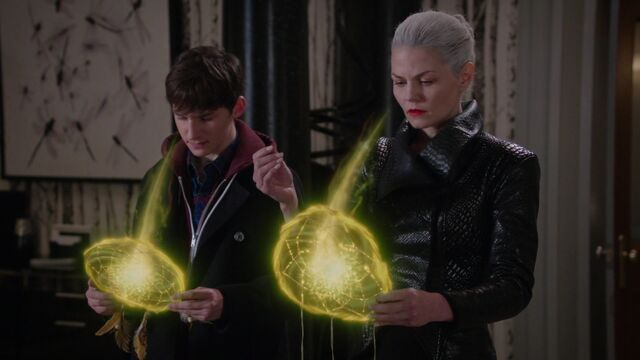 File:Once Upon a Time - 5x10 - Broken Heart - Memories Restored.jpg