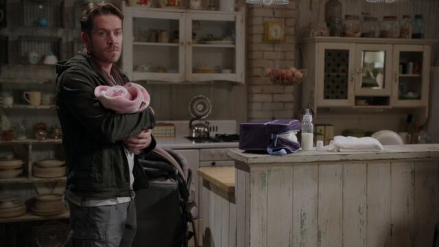 File:Once Upon a Time - 5x10 - Broken Heart - Father and Daughter.jpg
