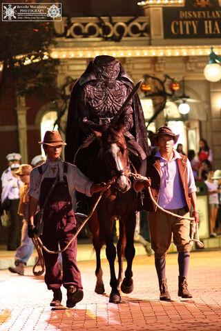 File:Headless Horseman HKDL.jpg