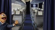 Lufthansa-MissPiggy-(April2014)-07