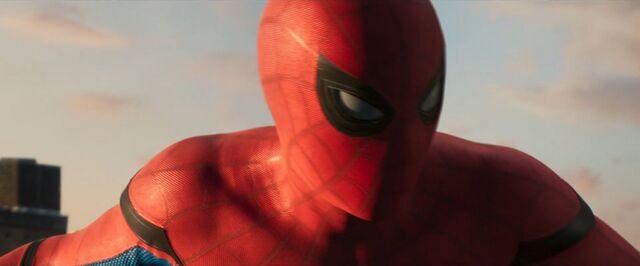 File:Spider-Man Homecoming 26.jpg