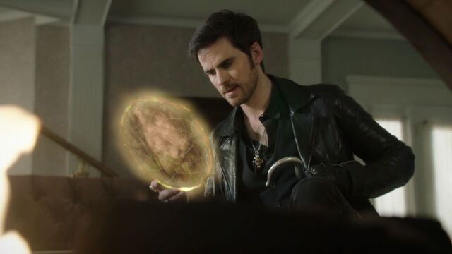 File:Once Upon a Time - 6x14 - Page 23 - Hook with Dreamcatcher.jpg