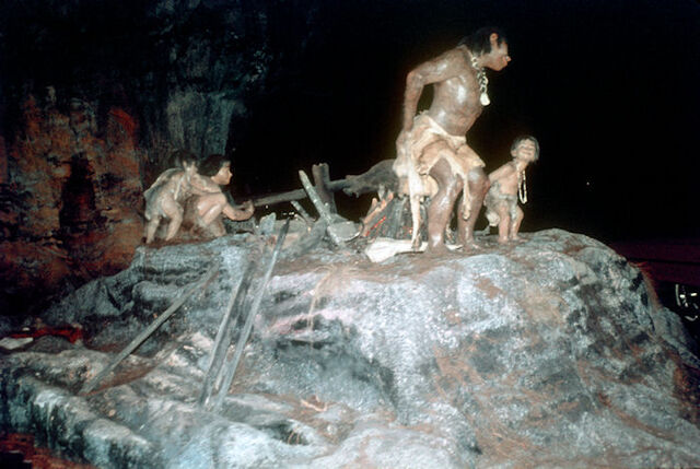 File:NF-112V Caveman Discovers Fire as seen on Ride through Ford.jpg