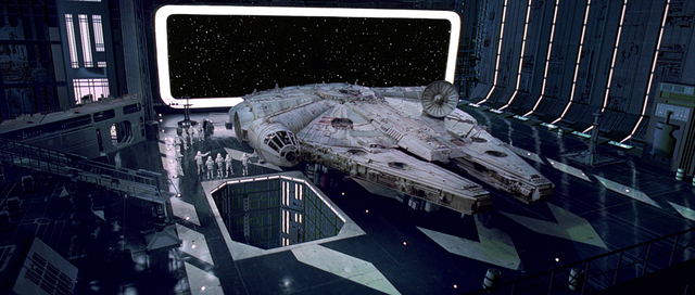 File:Millennium Falcon in A New Hope 1.png