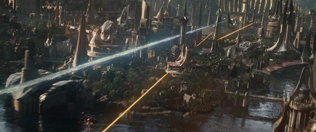 File:Thor-dark-world-movie-screencaps.com-5018.jpg