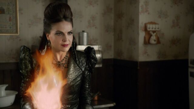 File:Once Upon a Time - 6x06 - Dark Waters - Evil Queen Fireball.jpg