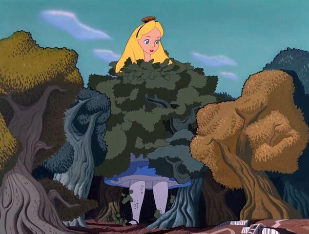 File:Alice-in-Wonderland Alice-6.jpg