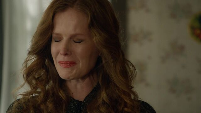 File:Once Upon a Time - 6x09 - Changelings - Zelena Crying.jpg