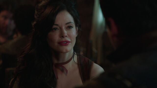 File:Once Upon a Time - 3x18 - Bleeding Through - Cora Serving.jpg
