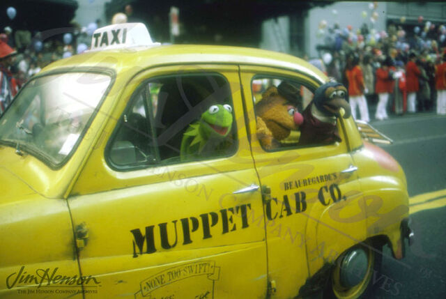 File:Muppets-in-Cab.jpg