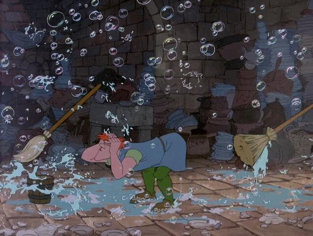 File:Sword-in-stone-disneyscreencaps.com-5776.jpg