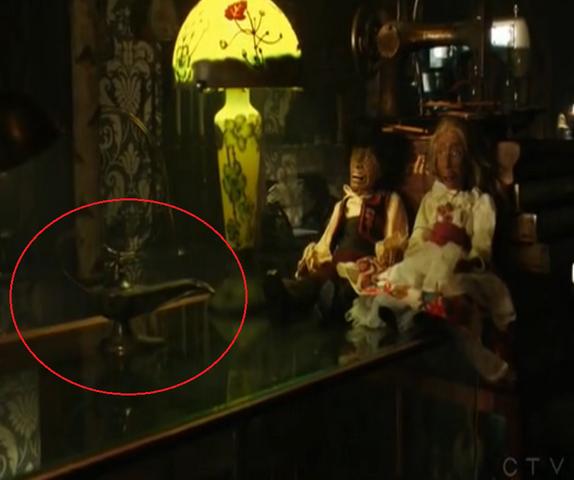 File:Onceuponatime genie's lamp.png