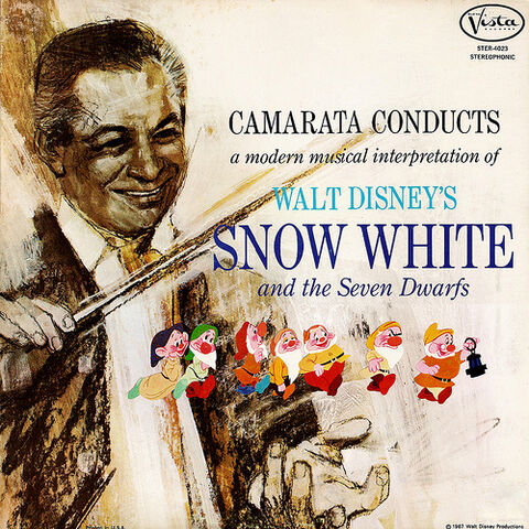 File:Tutti-snow-white.jpg