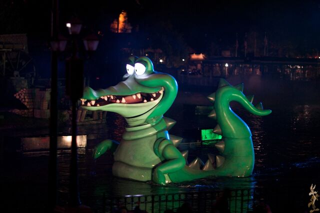 File:Disneyland Fantasmic - Tick Tock.jpg