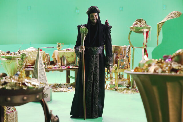 File:Once Upon a Time - 6x05 - Street Rats - Production Images - Jafar 4.jpg