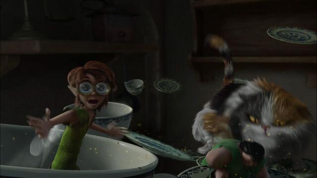 File:Tinkerbell-great-fairy-rescue-disneyscreencaps com-6484.jpg