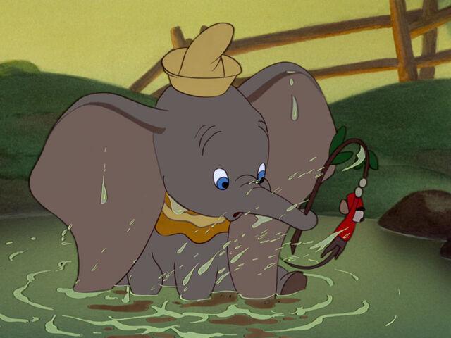 File:Dumbo-disneyscreencaps.com-6221.jpg