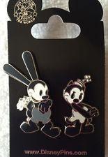 File:Oswald ortensia pin set.jpg