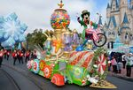 Goofy christmas float