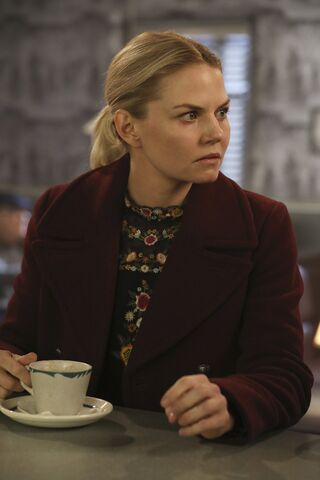 File:Once Upon a Time - 6x09 - Changelings - Photography - Emma 3.jpg