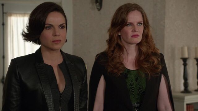 File:Once Upon a Time - 6x20 - The Song in Your Heart - Regina and Zelena.jpg