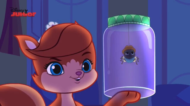 File:Treasure with a spider in a jar.jpg