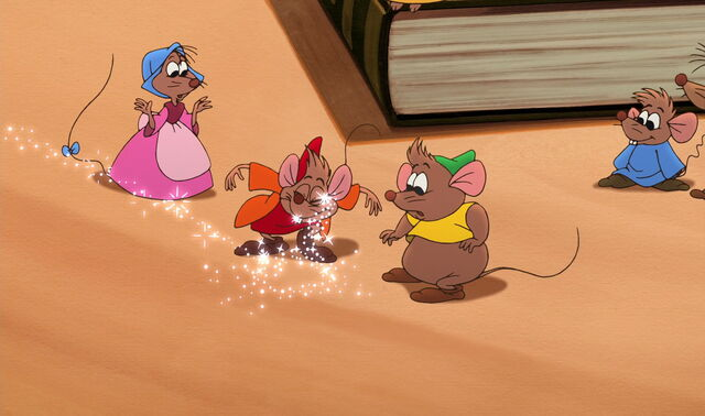 File:Cinderella2-disneyscreencaps.com-219.jpg