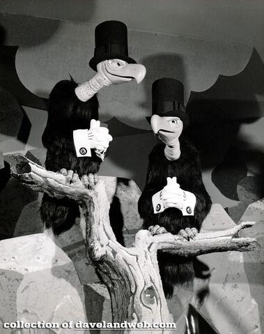File:AmericaSings Vultures 1974.jpg