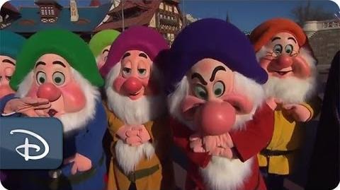 Behind the Scenes 140-Disney-Character 'Ultimate Tweet'