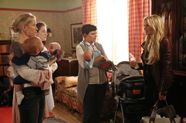 File:Ouat-ashley-&-mothers.png
