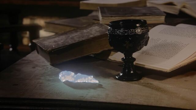 File:Once Upon a Time - 5x22 - Only You - Holy Grail and Crystal.jpg