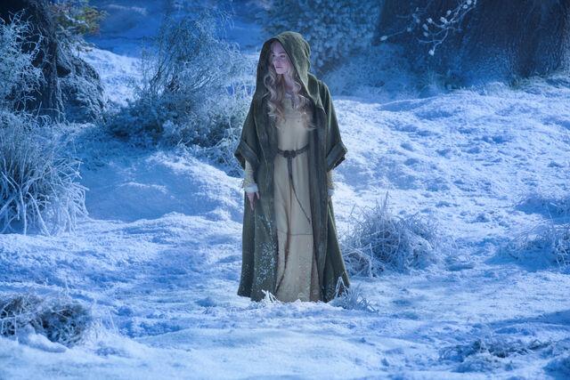 File:Aurora Walking in Snow.jpg