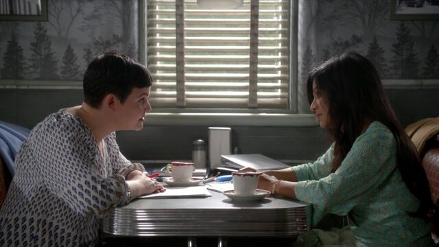 File:Once Upon a Time - 6x09 - Changelings - Snow and Jasmine.jpg