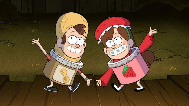 File:S1e12 Dipper in peanut butter costume Mabel in strawberry jam costume.jpg