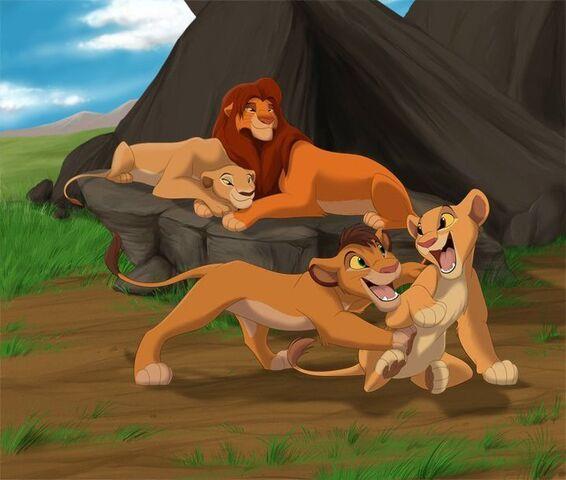File:All-family-the-lion-king-15188144-720-610-1-.jpg